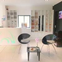 Vente salon de coiffure & onglerie & Espace barbier à Gosier GUADELOUPE